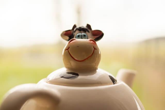 tea-cow-life-living-room-1